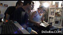 Quatro gays fazendo festinha grupal em casa