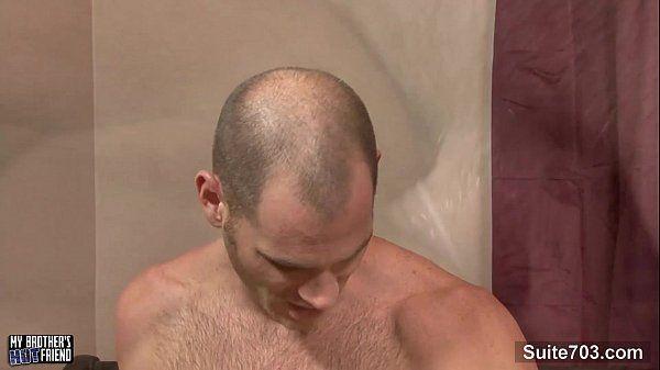 Bareback com cabeludos na penetrada forte nos cuzinhos