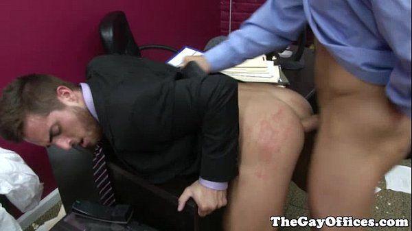 Boy pegando o patrão e dando uma gostosa