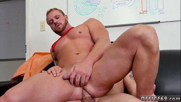 Porno gays gostosos sarados se comendo sem pena