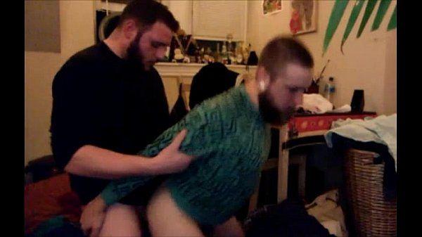 Homens transando gostoso em rapidinha caseira