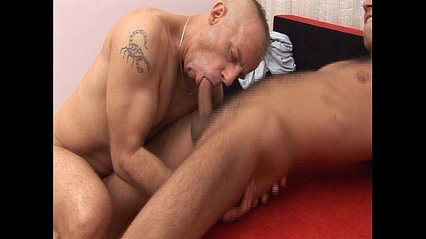 Pornos carequinha safadão fazendo boquete bom na pica do macho e depois dando cuzinho